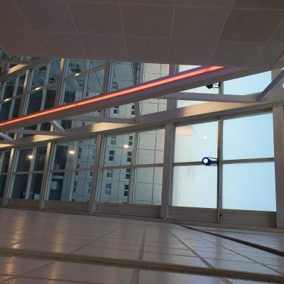 Ledverlichting in kleur kantoor